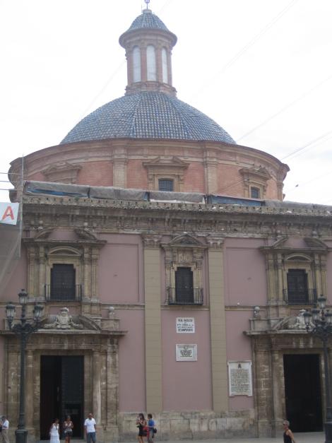 Basilica de la Mare de Deu dels Desemparats, Valencia