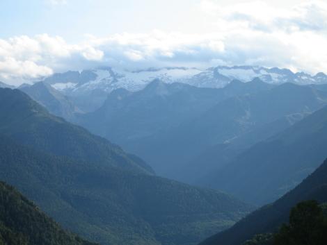 Sauth deth Pish, vistas del Aneto